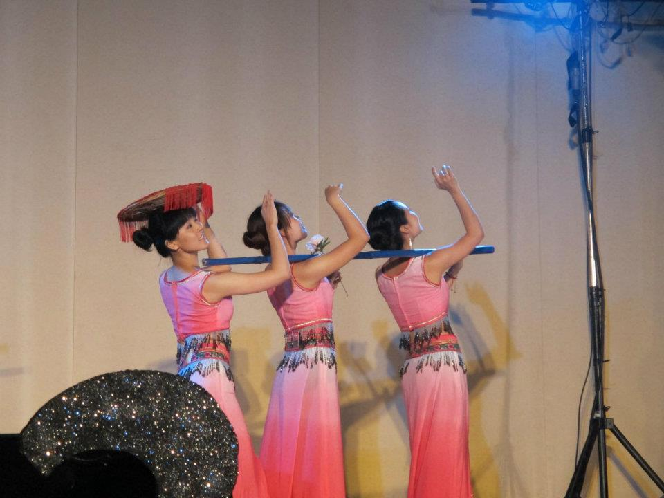 "A traditional folk dance of the ""Dai"" people of China"